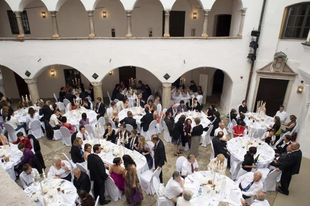 Hochzeitslocation-3-1024x681 Schloss Amerang: Hochzeits-DJ Anusch präsentiert die schönsten Hochzeitslocations
