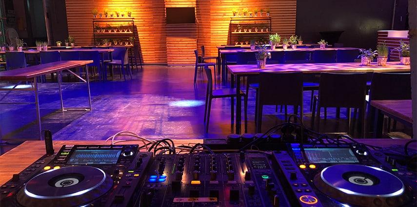 Hochzeits-DJ Anusch über die perfekte Beleuchtung eurer Hochzeitsfeier